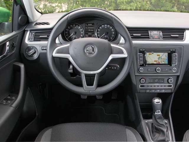 Inchirieri Auto Skoda Octavia3